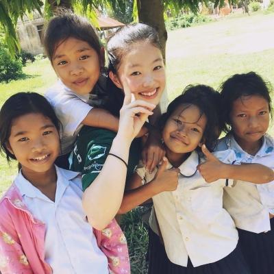 カンボジアでチャイルドケア&地域奉仕活動 新島実梨